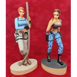 2 figurines Lara Croft Core Design