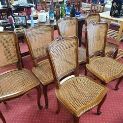 Lot de 7 chaises cannées