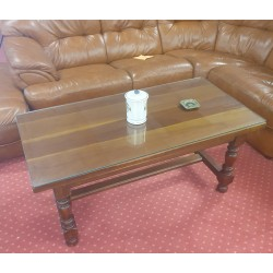 Table basse rectangulaire en merisier